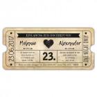 Vintage-Einladung-zur-Hochzeit-als-Eintrittskarte-mit-Herz-und-Stern